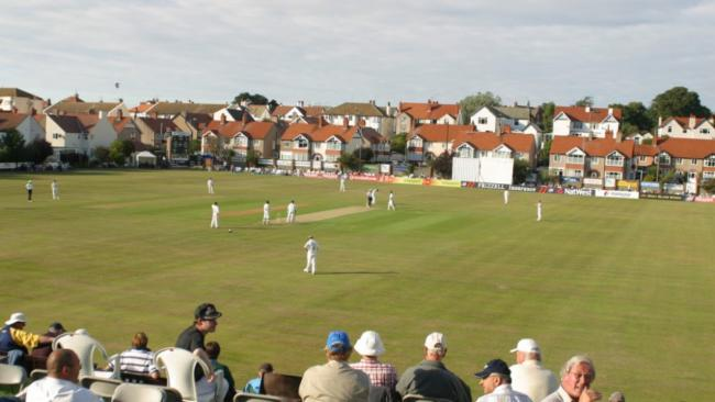 Colwyn Bay's Penrhyn Avenue will welcome title rivals Glamorgan and ancashire for a crucial clash next week