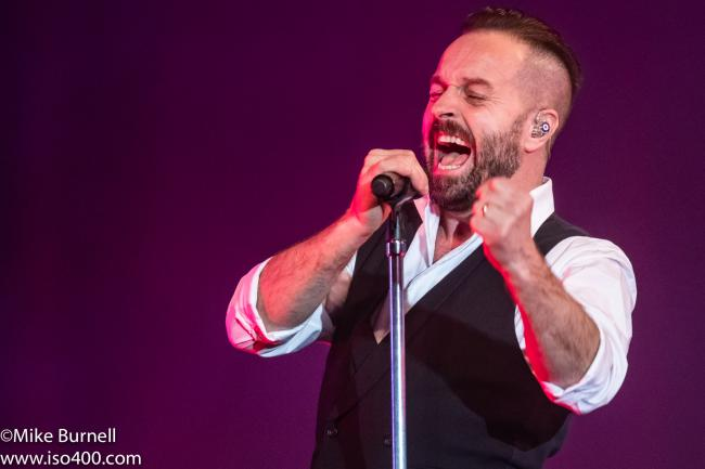 Alfie Boe rocks the Dome photo Michael Burnell