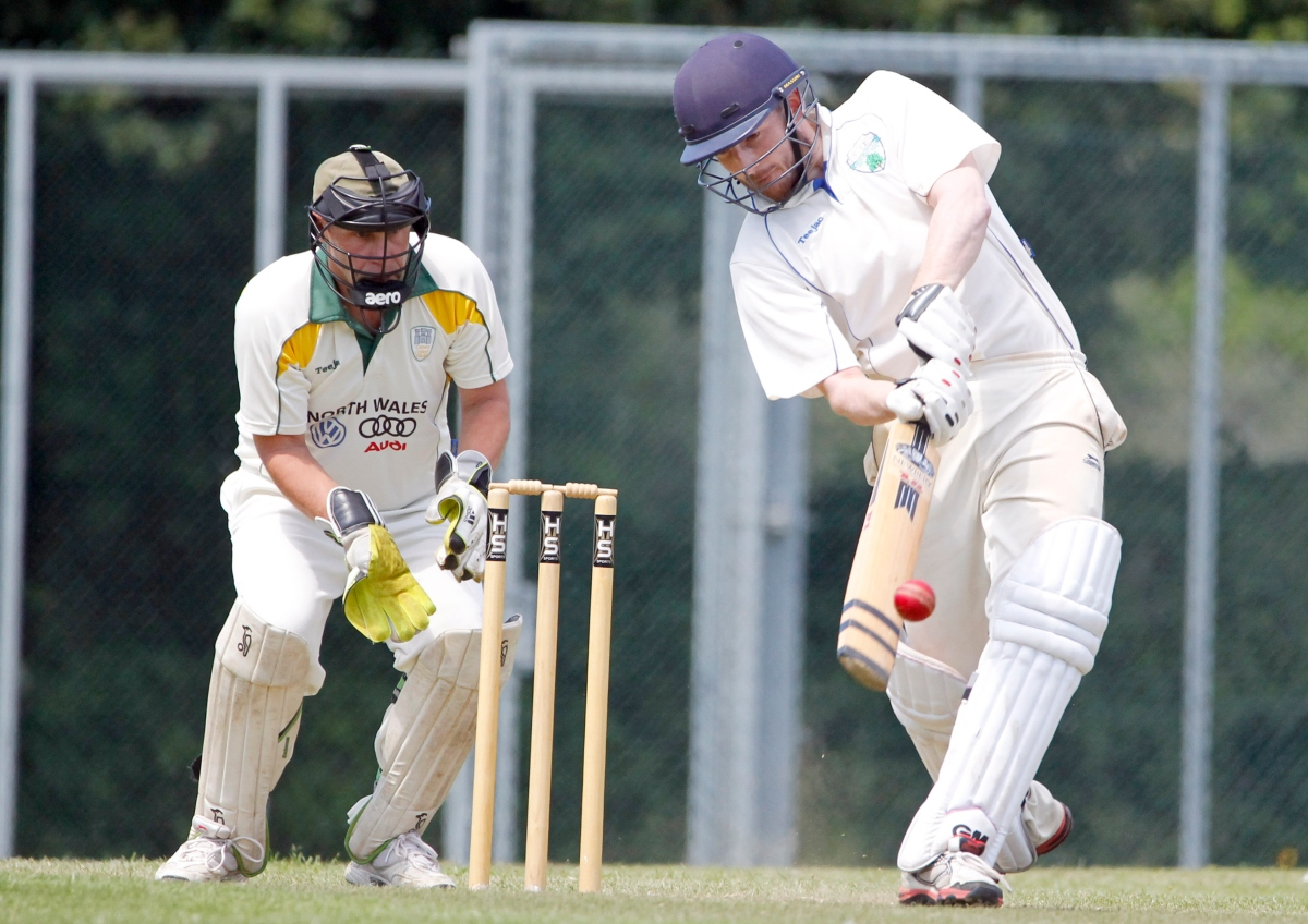 Abergele suffered defeat at title-chasing Pontblyddyn