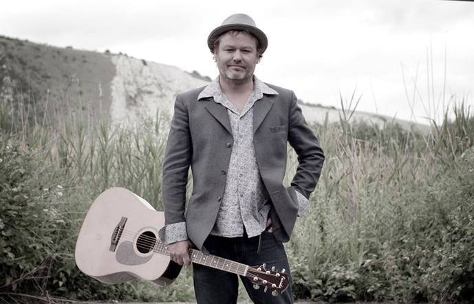 The Conwy Comrades will welcome Mark Chadwick for a intimate acoustic show next February