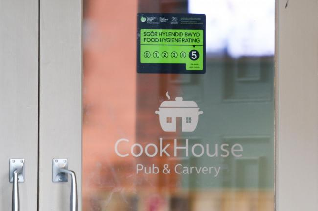 The Cookhouse in Prestatyn Five rating for food hygiene. GA070219B.