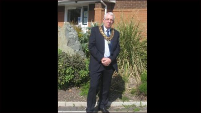 Cllr Morris Jones has accepted the chains of office as mayor of Towyn and Kinmel Bay